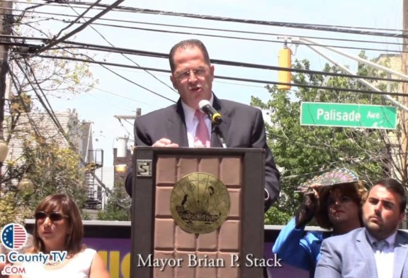 Mayor Brian Stack Stands United with Union City's Undocumented Immigrants