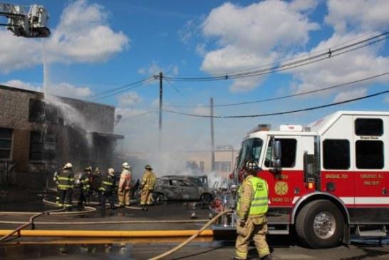 Breaking: Small plane crash into a Carlstadt Building near Teterboro