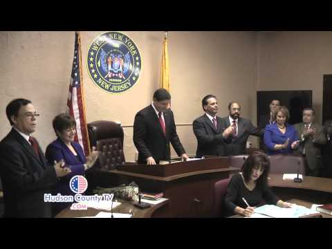 Felix Roque Sworn In as Mayor